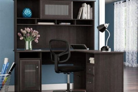 4 Expert Tips to Choose an Executive Desk
