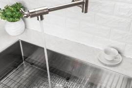 4 Expert Tips to Choose a Kitchen Faucet
