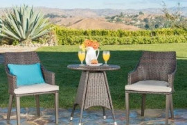 4 Expert Tips to Choose Patio Bistro Sets