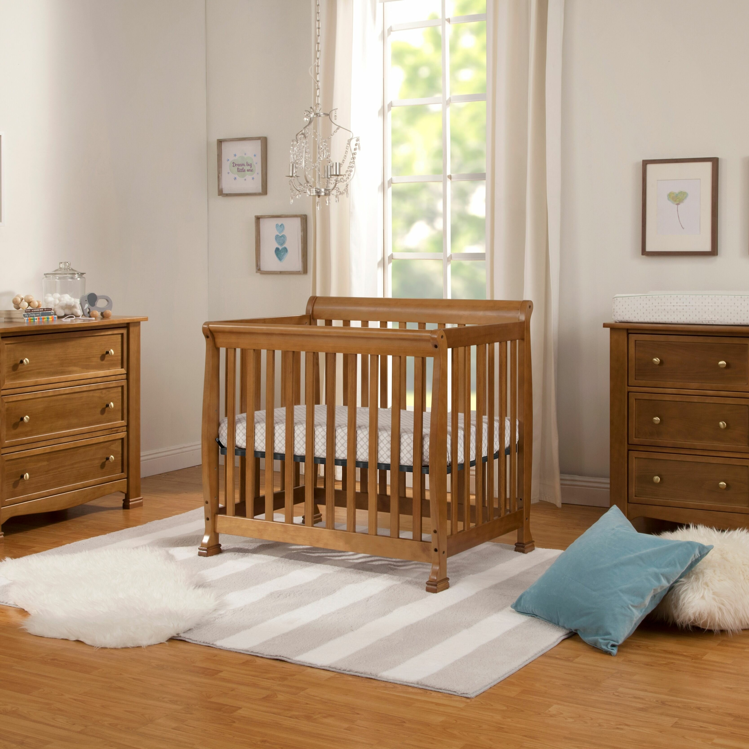 5 Expert Tips To Choose A Nursery Furniture Set You Ll Love In 2021 Visualhunt