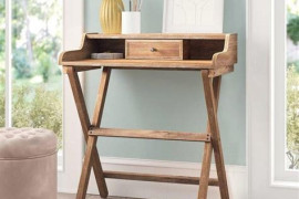6 Small Desk Styles To Match Your Space & Budget