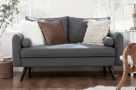 5 reasons to fall in love with a loveseat