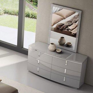 Delaine 6 Drawer Dresser