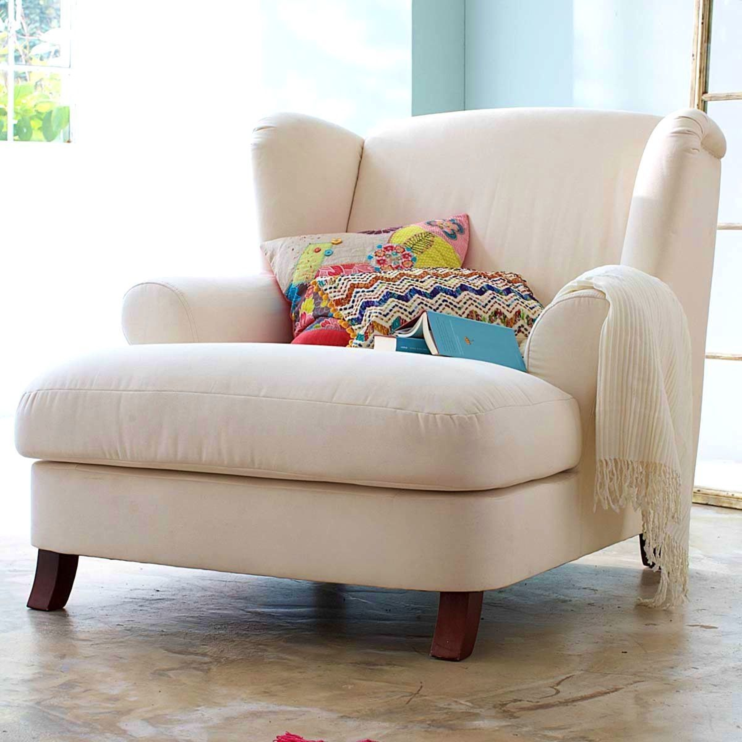 Best Picture Small Living Room Chairs With Arms