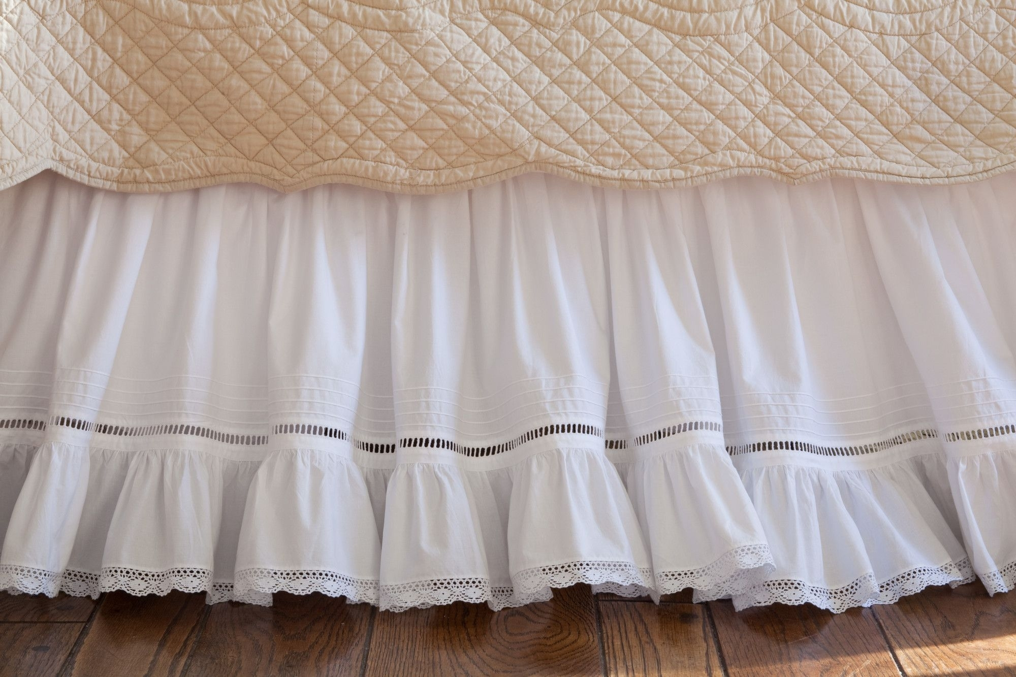 Crocheted Bed Skirts You Ll Love In 2021 Visualhunt