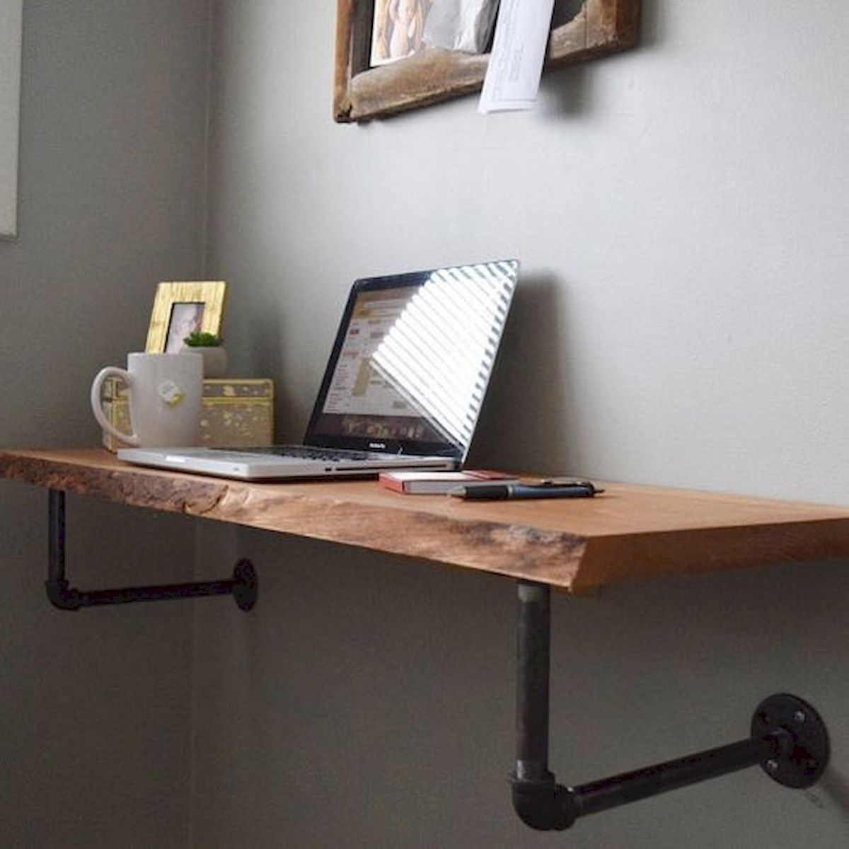 Picture of: Wall Mounted Computer Desk You Ll Love In 2020 Visualhunt